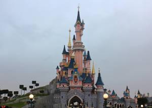 Disneylnd Paris Castle