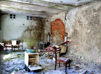 abandoned1 by fotoinsan