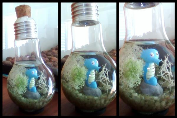 Horsea inside a light bulb by Kosmu