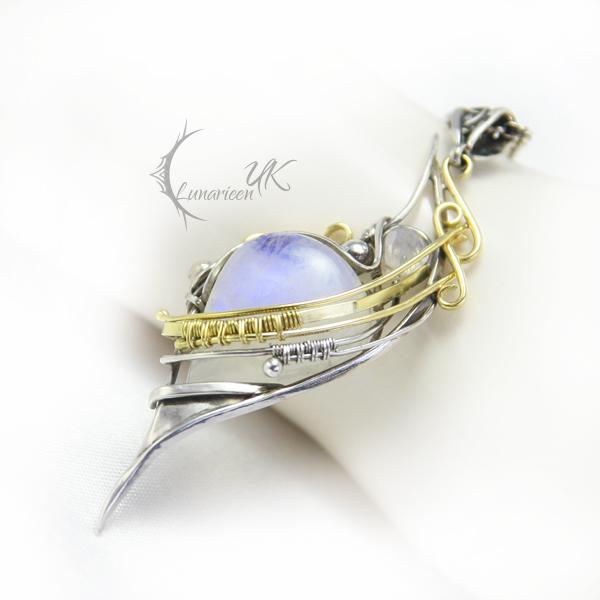 EXALTIARELH - gold , silver,moonstone by LUNARIEEN
