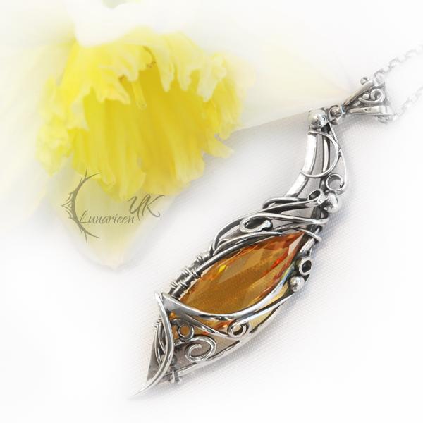 ISINTIEEL - silver , citrine and lemon quartz by LUNARIEEN