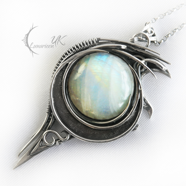 LUNAHART  - silver and moonstone by LUNARIEEN