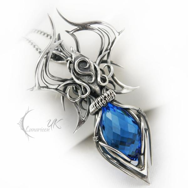AMANATARX - silver and quartz by LUNARIEEN