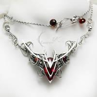 VALHTIRH - silver , red topaz , garnet, quartz