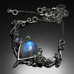 ASSAMANTIUM - silver and moonstone