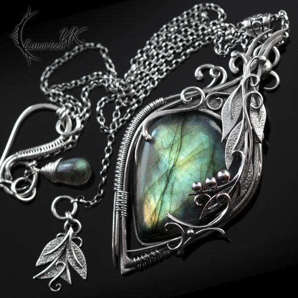 ATRDHYLL - silver and labradorite by LUNARIEEN