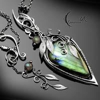 ZINDYRILL - silver and labradorite by LUNARIEEN