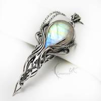 MINHTIRIEELH - Silver and Moonstone by LUNARIEEN