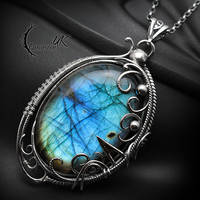 EXTARIA YNARI, Silver and Labradorite. by LUNARIEEN