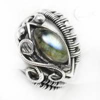 NEXEELETH Silver and Labradorite ( ring ) by LUNARIEEN