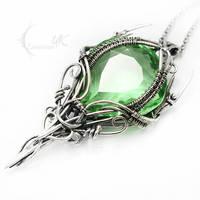 MEXENTRIEEL - Silver and Green Quartz by LUNARIEEN