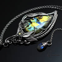 Necklace ENRYDIALL - Silver and Labradorite by LUNARIEEN