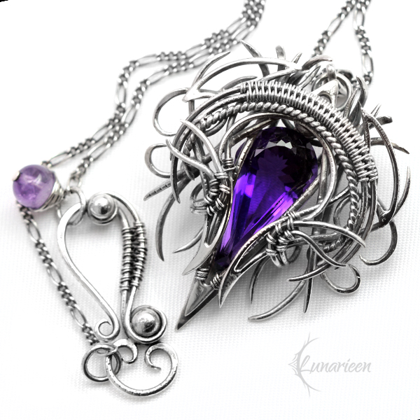 Necklace QATHRNAR, Silver and Amethyst by LUNARIEEN