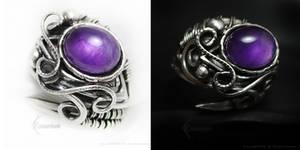 ADAMARTIEELTH Silver Ring with Amethyst by LUNARIEEN