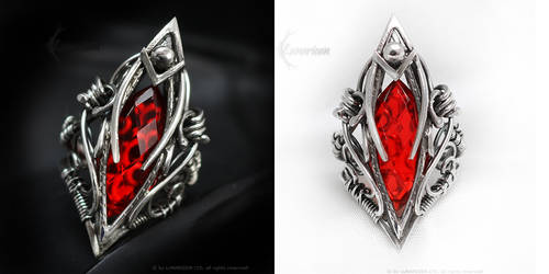 EXARDAMIR Silver Ring with Quartz by LUNARIEEN