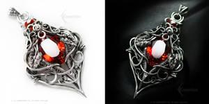 TARRAMANHD Silver and Red Zirconia