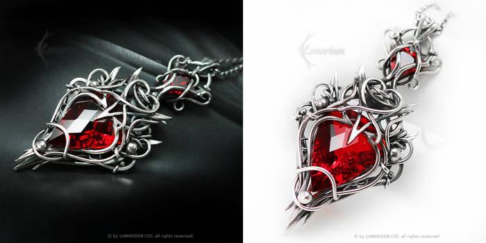 DAMEERIANTH Silver, red quartz