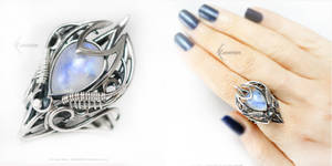LUNARTHEI Silver and Moonstone