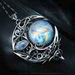 LARGATIEENH LUNA Silver and Moonstone