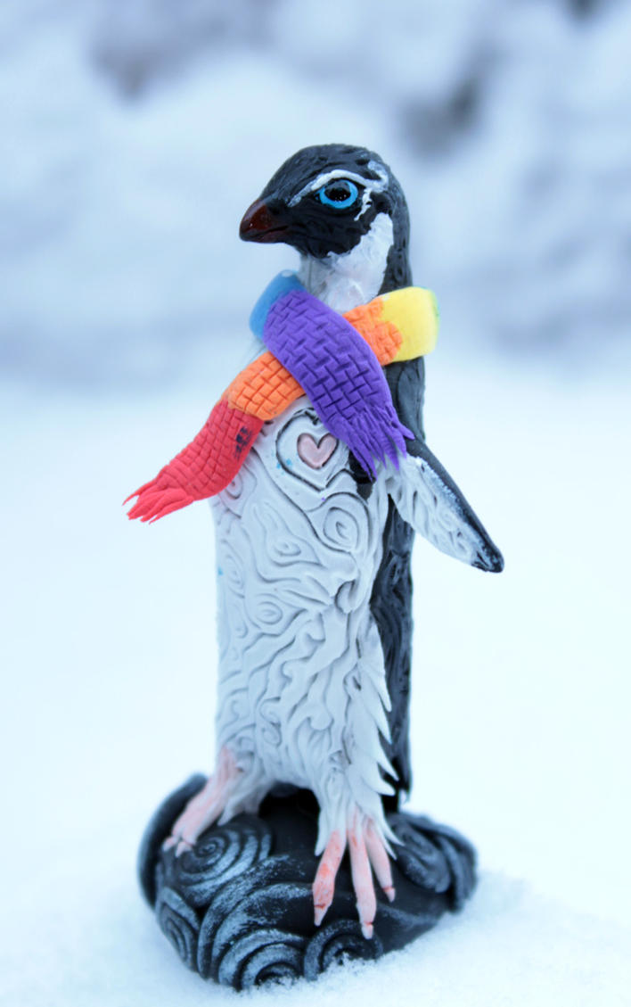Penguin rainbow scarf by hontor