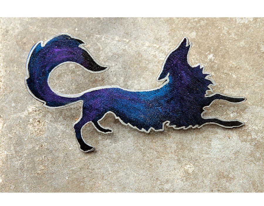 Space Fox brooch by hontor