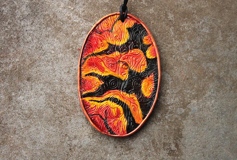 Toruk skin pendant by hontor