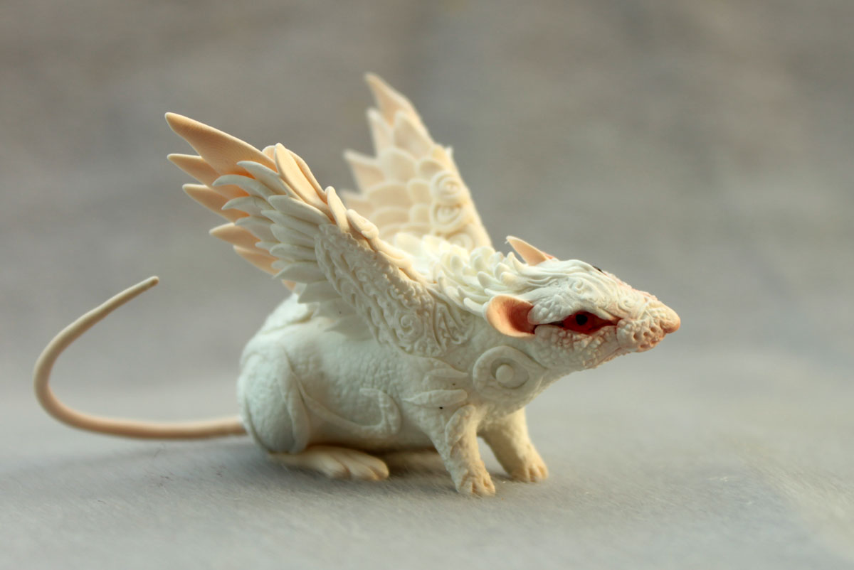 Albino rat angel by hontor