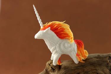 Tiny Rapidash unicorn by hontor