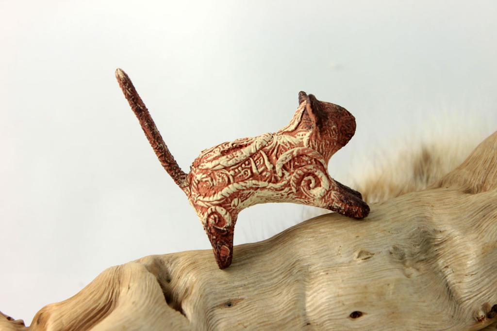 Little siamese cat figurine by hontor