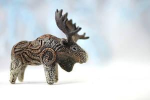 Animal totem sculpture - moose by hontor