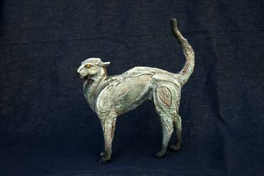 Grey cat big sculpture
