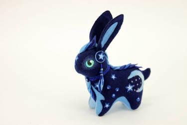 Moon bunny by hontor