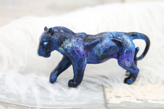 Ice storm lioness