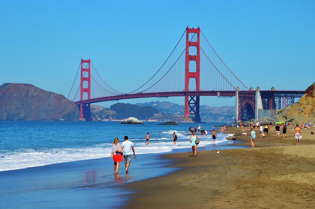 San Francisco. by Romylyn