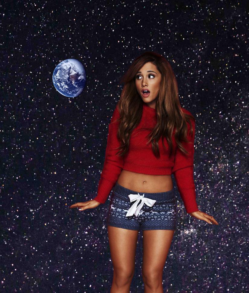 Giga Goddess Ariana Grande by misterwerder