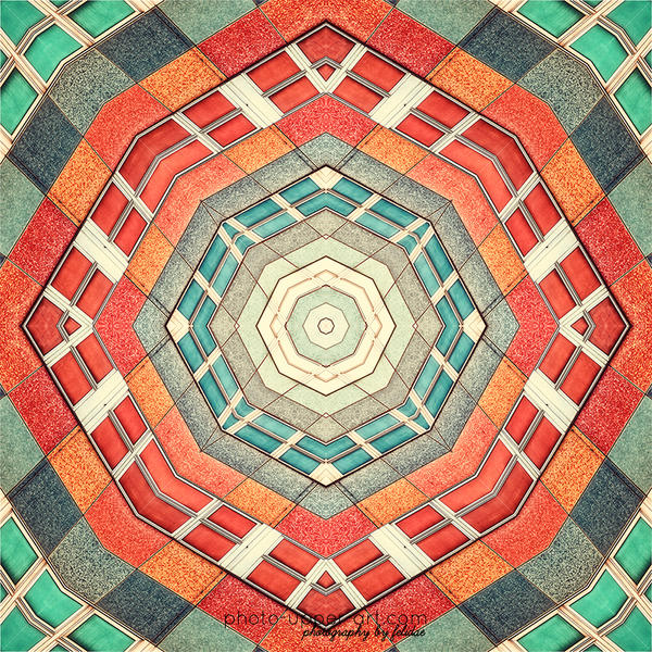 Facets of a kaleidoscope I