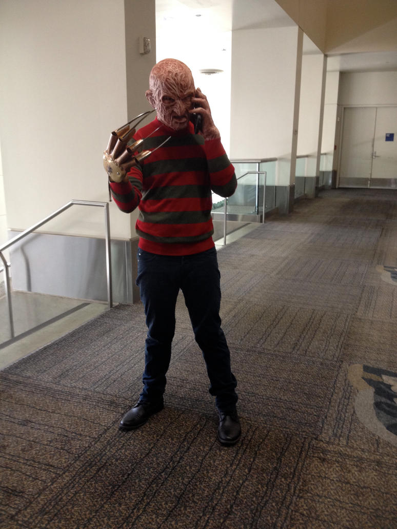 calling Freddy by FrogGod1