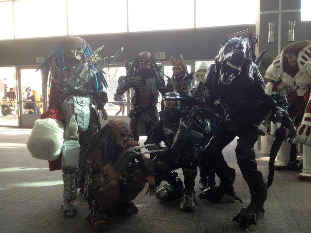 Predators,alien master chief by FrogGod1