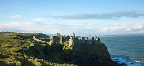 Dunluce Castle. by ninaheather