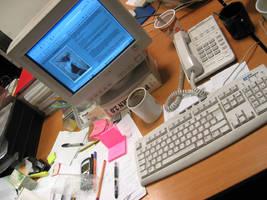 My Desk Top by captsolo