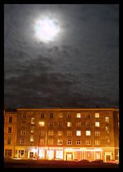 Full Moon Fever by captsolo