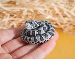 Hognose snake figurine by lifedancecreations