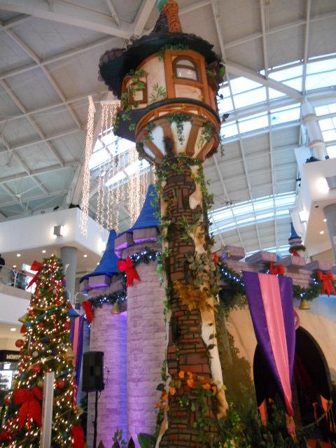 -Rapunzel's tower in a mall 3 by YuiHarunaShinozaki on ...