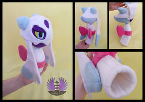 Shiny Froslass plush - Pokemon by BoiraPlushies