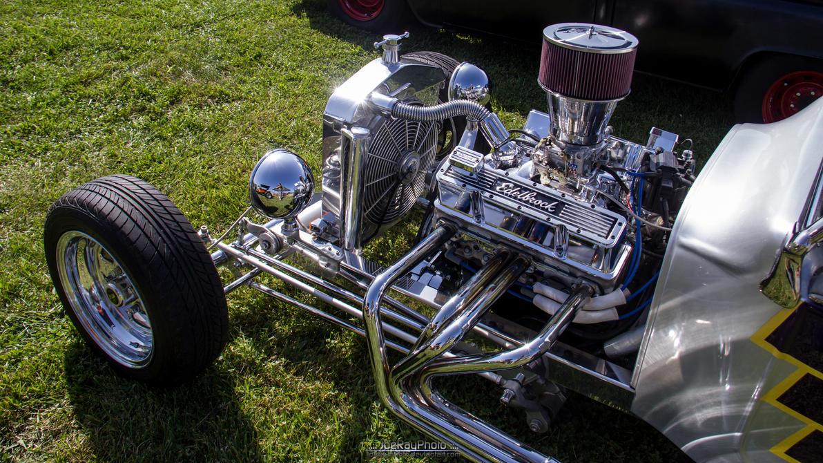 Ford T-Bucket Engine by joerayphoto