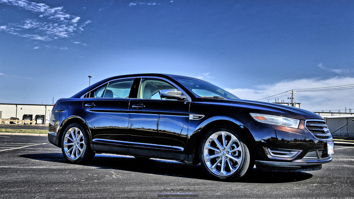 2013 Ford Taurus HDR by joerayphoto
