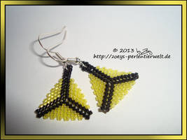 earrings triangles yellow by Zoey-01