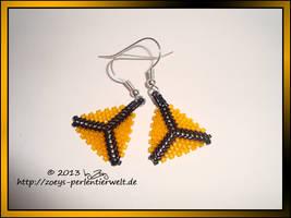 earrings triangles orange by Zoey-01