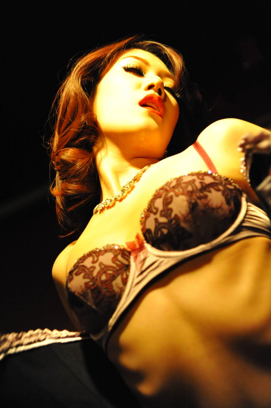 Rita Goldie's performance 20 by Openget