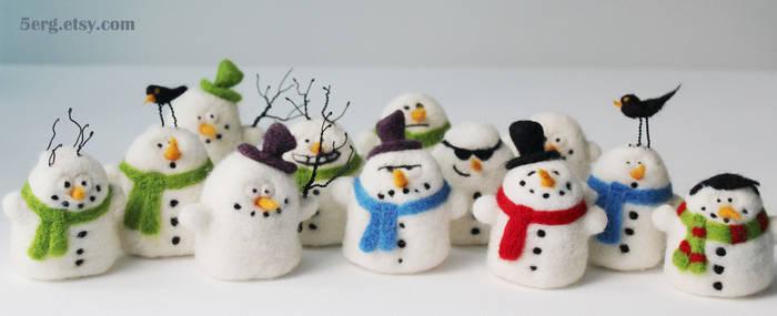 snowmen needle felted christmas ornaments